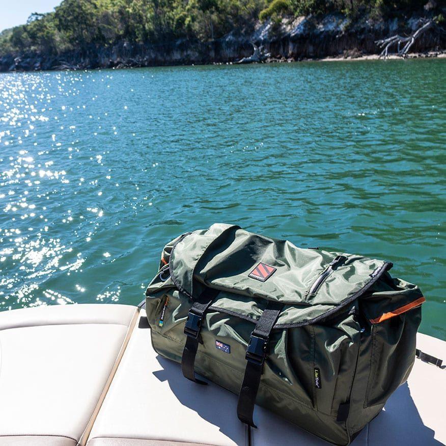 SEASONFORT_Boat_Camping